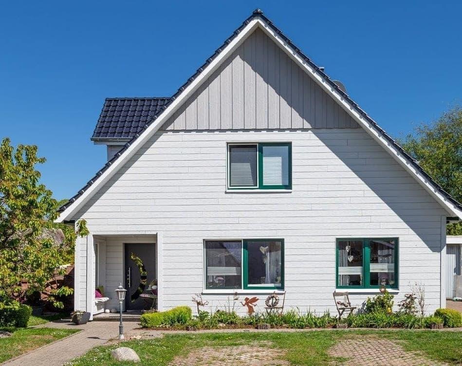 Dach- und Fassadensanierung in Cuxhaven Diers Holzbau in Ihlienworth