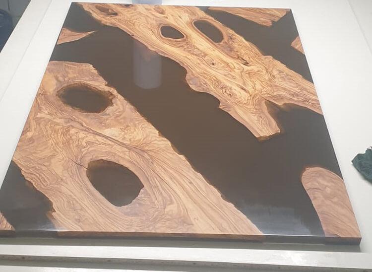 Herstellung einer Tischplatte aus Epoxitharz Landkreis Cuxhaven Tischlerei Heinz Saborowski